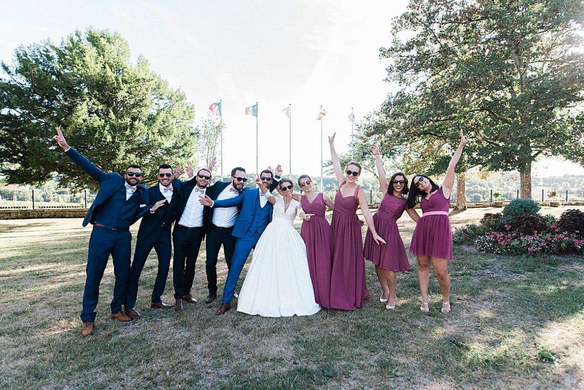 photographe de mariage en gironde avec photos de groupe au chateau de la ligne à lignan de Bordeaux par pixaile photography