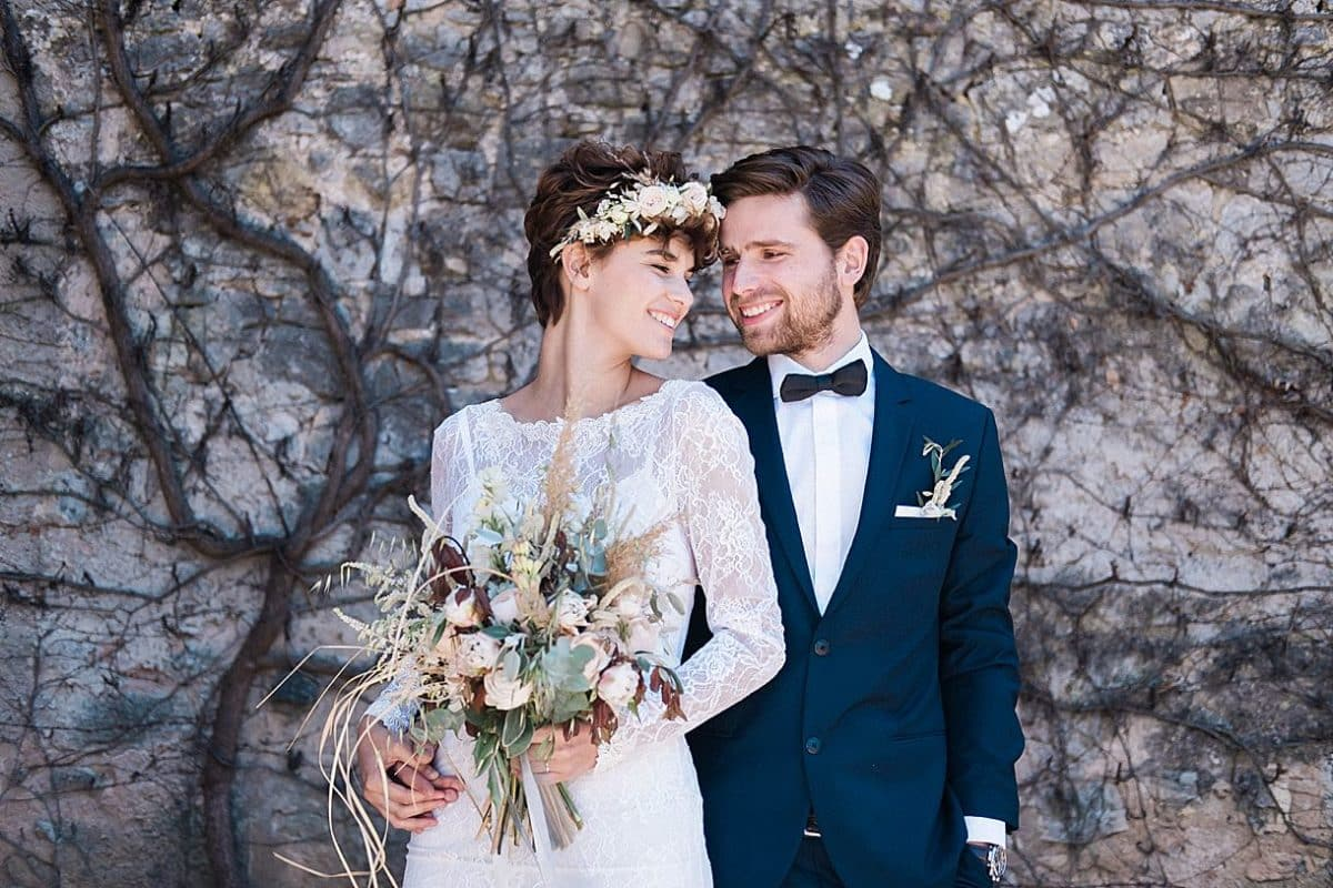 photographe de mariage en Provence au domaine de peyrassol lors d'une séance couple sur la Côte d'Azur